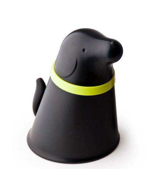 Zásobník na granule Pupp je ideálnym riešením na uskladnenie potravy pre vašich domácich miláčikov. Je z troch dielov a zložený vyzerá ako psík.